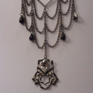 Spider Web Necklace Pierced earrings Set